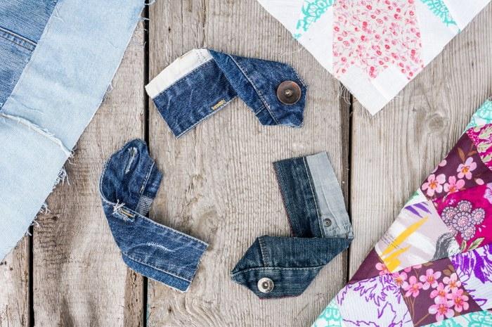 5 Reasons to Recycle or Reuse Your Clothes